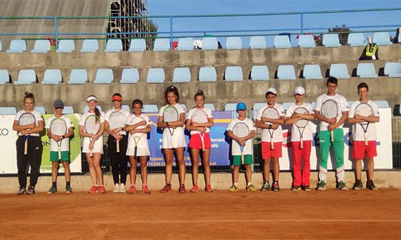 Vimax спонсорира младите надежди на българския тенис