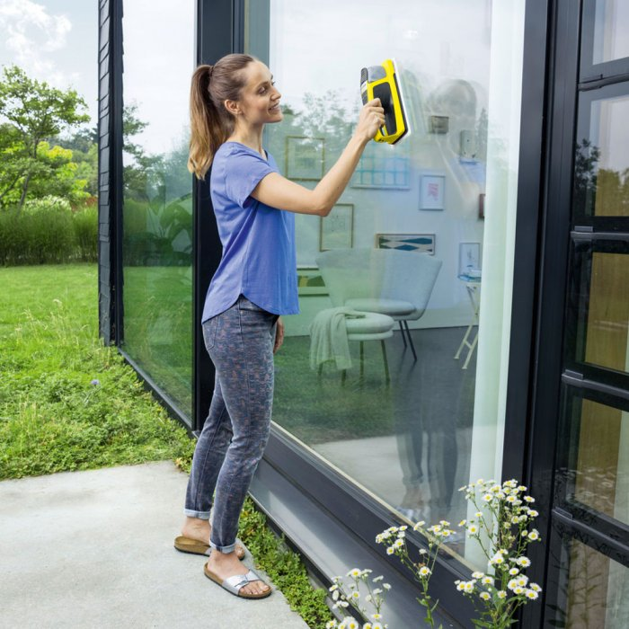 Комплект за почистване на прозорци Karcher WV 2 + KV 4